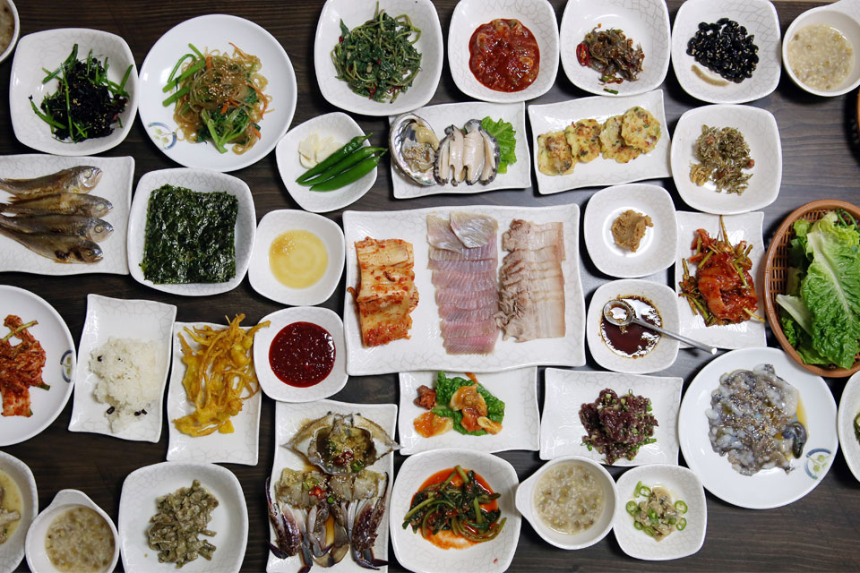 Traditional south korean cuisine for Authentic korean cuisine