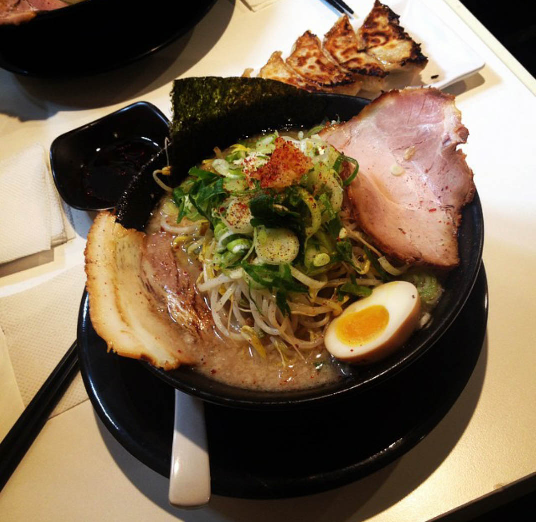 image photo food to warm you up in korea butanchu - Food in Seoul that Will Warm You Up this Winter
